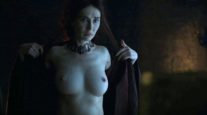 Porno actrice uit Game of Thrones wordt geneukt in een steegje